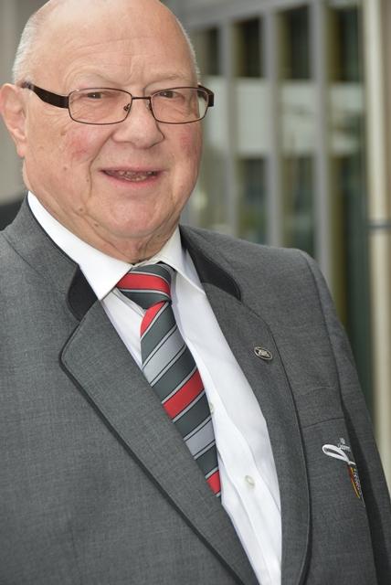 M-Weiss.JPG